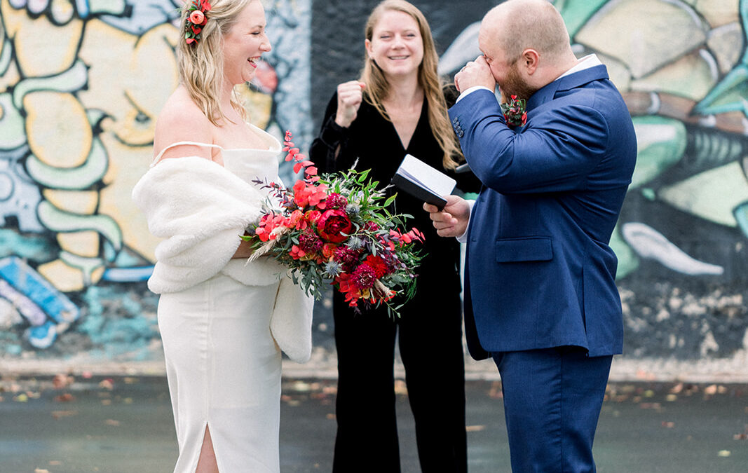 3 Reasons Why You Need to Book Your Officiant Early