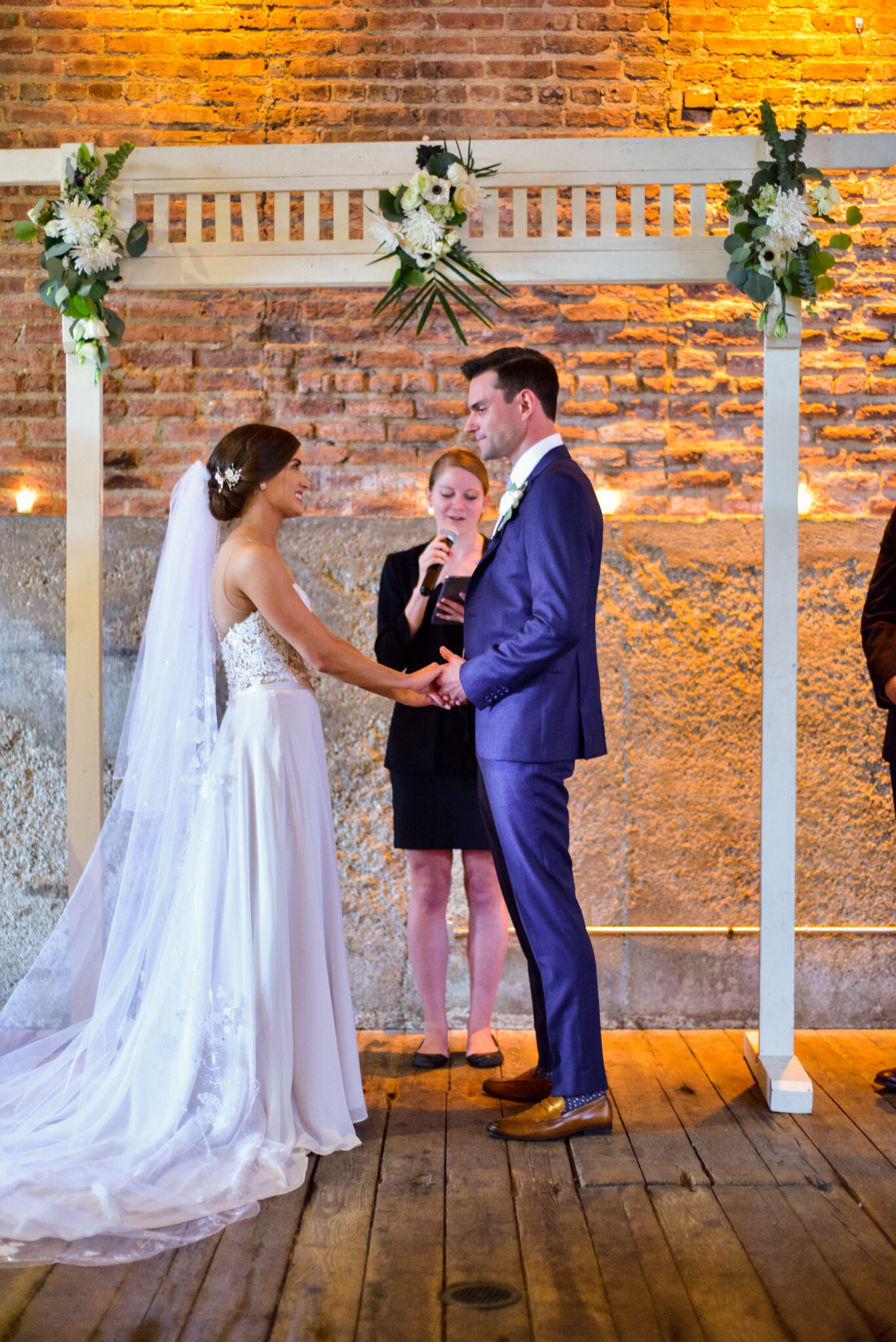 wedding officiant near Chicago